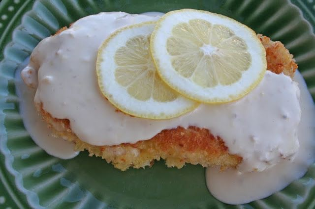 This panko crusted chicken with lemon cream sauce is just like our favorite reci…