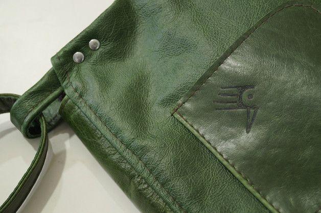 Ledertaschen - Vintage Schultertasche - grün leder - ein Designerstück von CZAJKACZAJKA bei DaWanda