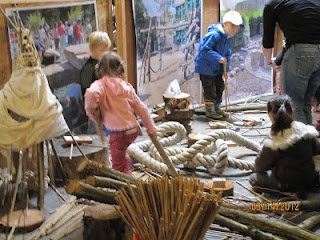 Nature Play Community Workshop in Portland, OR. Portland Parks and Recreation and GreenWorks Landscape Architecture invited the community to play with natural materials, talk about natural play, make models and lay the groundwork for the upcoming design at the Westmoreland Park. The Activities:  Activities ranged from having adults remember their childhood play experiences, to free building and water play areas, to model making stations. All to find out what a natural play area might look…