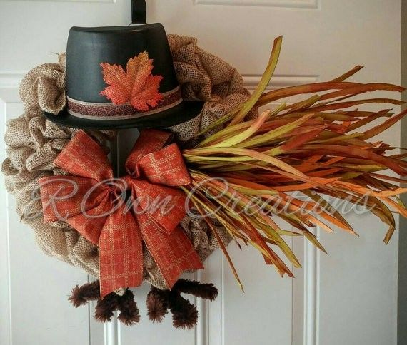 this festival turkey burlap wreath is perfect for thanksgiving