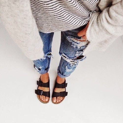 casual. Ripped jeans, big sweater, and Birkenstocks