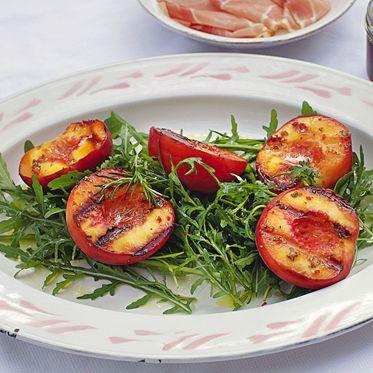 Gegrillte Chili-Honig-Pfirsiche Rezept | Küchengötter