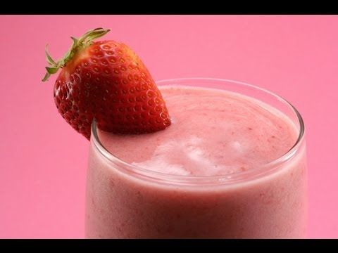 """How to Make a Strawberry Sunshine Smoothie! (Booster Juice """"remake"""") - YouTube"""