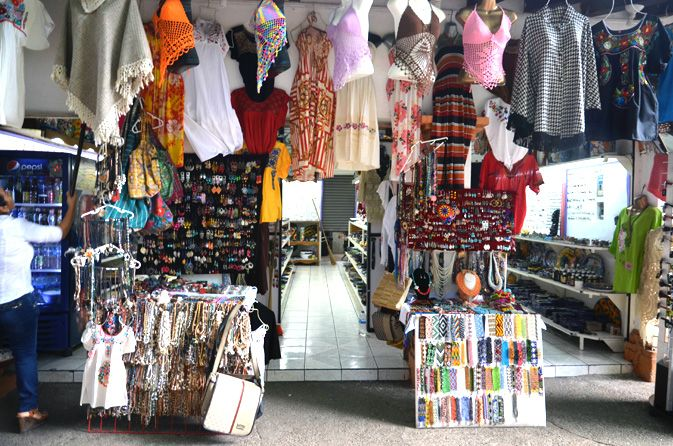 'Pueblo Viejo' Old Town Artisan Market