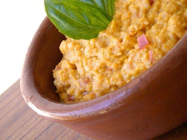 Humita en Olla (Creamy Stewed Corn) - Hispanic Kitchen