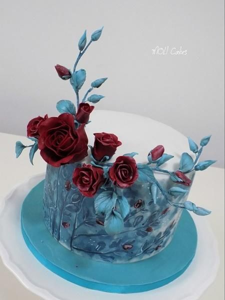 Roses by MOLI Cakes