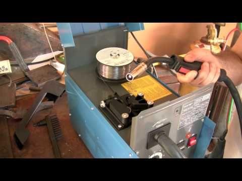 90 amp flux wire welder mig harbor freight - YouTube