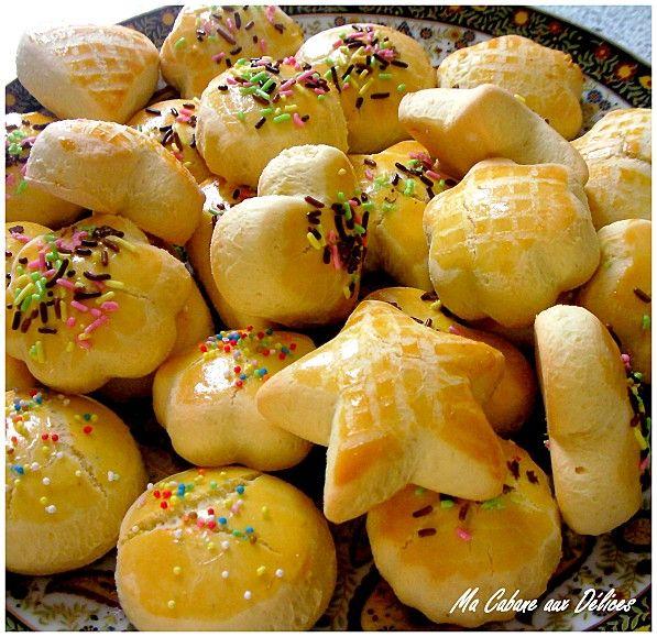 Halwat tabaa gâteau sec algerien a l'emporte pièce