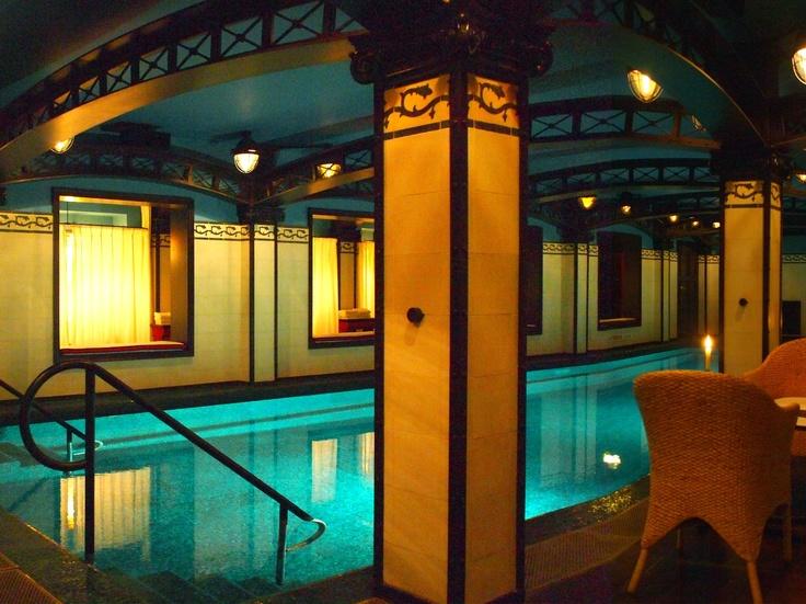 146 best paris hoteles images on pinterest hotel costes. Black Bedroom Furniture Sets. Home Design Ideas