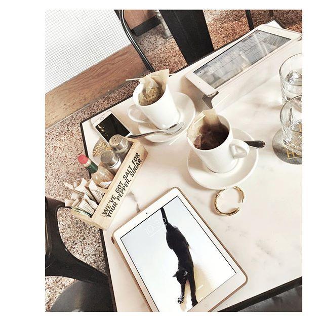 We're in #Toronto ! iPad working at @thedrakehotel as my earl grey tea is getting way too dark ☕️ see you later 6-8 at @clubmonaco on Bloor street!  #LoveStyleLife #GDTorontoFavorites