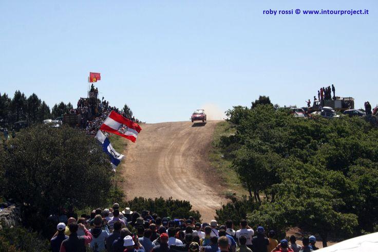 salto di Monte Lerno - WRC Rally Costa Smeralda 2007 - foto di Roby Rossi http://www.intourproject.it/it/in_photo/il_significato_delle_immmagini_nella_comunicazione_cat_11.htm