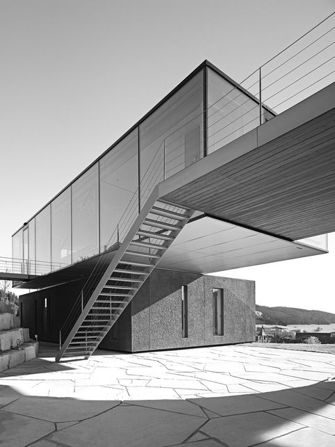 subtilitas:    Werner Sobek - Zero energy, zero emissions, fully recycled H-16 House, Balingen 2005. Via.