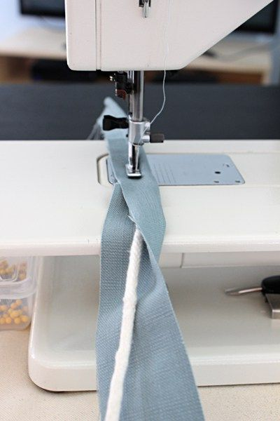 How To Make Piping For A Slipcover Sewing Sewing