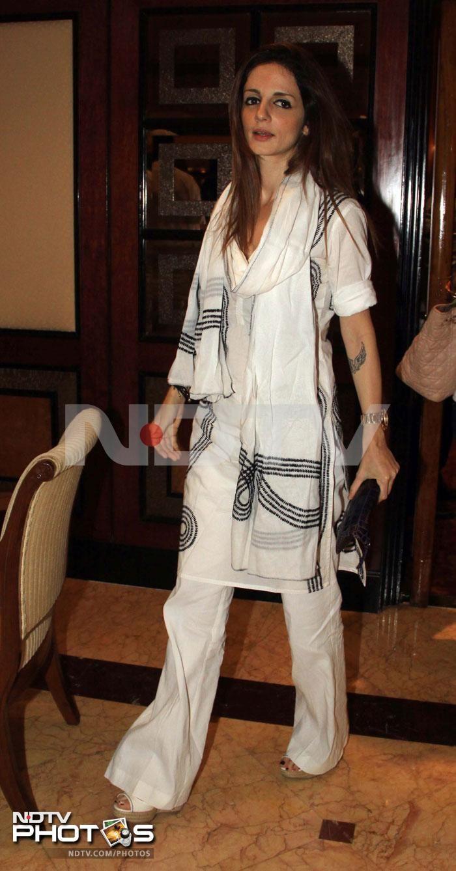 Bollywood at DJ Aqeel's sister's prayer meet http://movies.ndtv.com/photos/bollywood-at-dj-aqeel-s-sister-s-prayer-meet-15562
