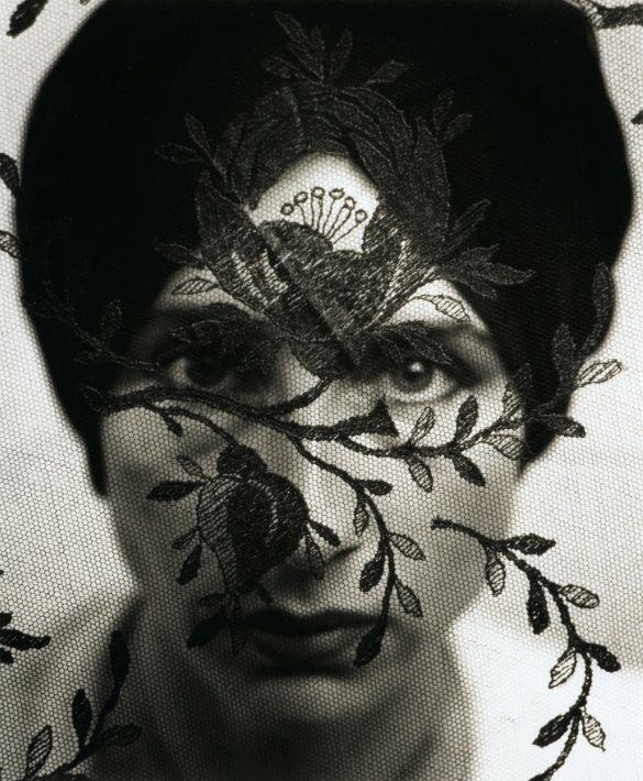 La fotografia grande protagonista al Mercanteinfiera di Parma - Ulrich Tillmann (Germania, 1951) Meisterwerke der Fotokunst, 1984-1987, portfolio di 21 opere diverse per tecnica e dimensione.