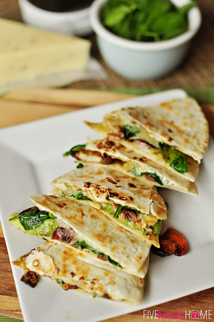 Spinach & Mushroom Quesadillas with Avocado and Pepper Jack Cheese // super fast and flavorful
