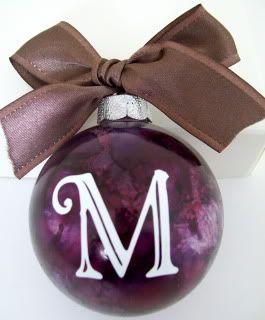 Christmas CricutCricut Christmas, Christmas Bulbs, Diy Crafts, Christmas Holidays, Gift Ideas, Crafty Gift, Alcohol Inks, Homemade Christmas Ornaments, Christmas Ideas
