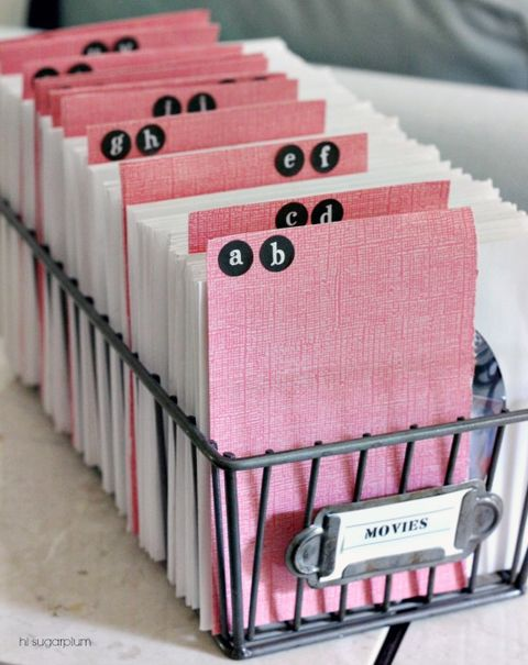 14Reader Spaces: October Link Party Awesomeness!  I LOVE this basket.   I don't have a plan, but I am thinking card storage?  Scrap paper storage?