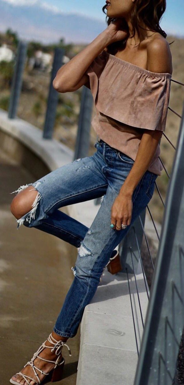 #winter #outfits blue faded distress jeans. Pic by @shalicenoel.