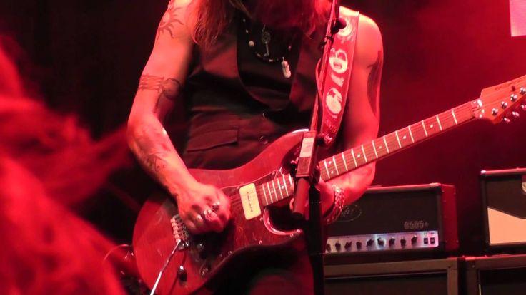 Marco Mendoza Full Show - Frankfurt, Musikmesse 2015 Remastered Sound (HD) https://www.youtube.com/watch?v=8223dGxb09U