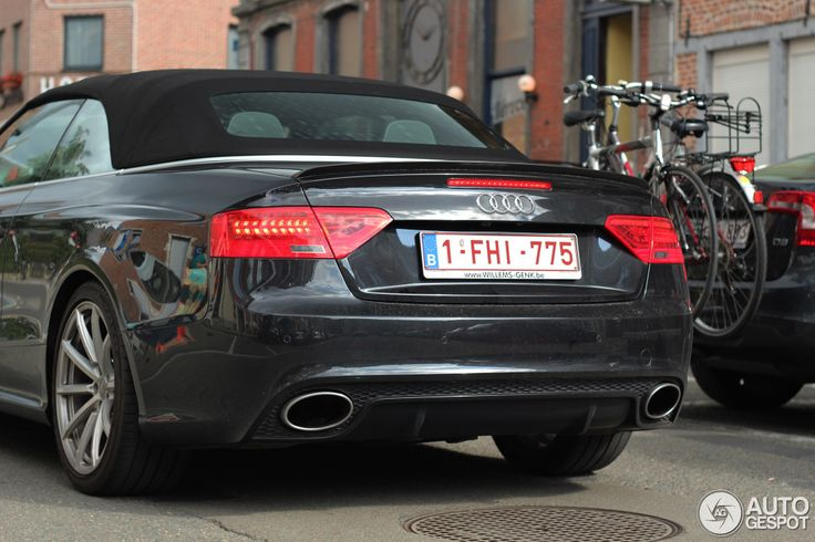 Audi RS5 Cabriolet B8 2