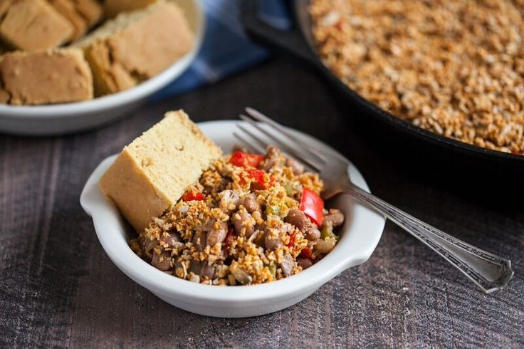 ... Skillet Bake with Spicy Sunflower Oat Crumble Topping - Pulse Pledge