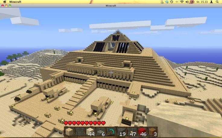 Minecraft pyramid