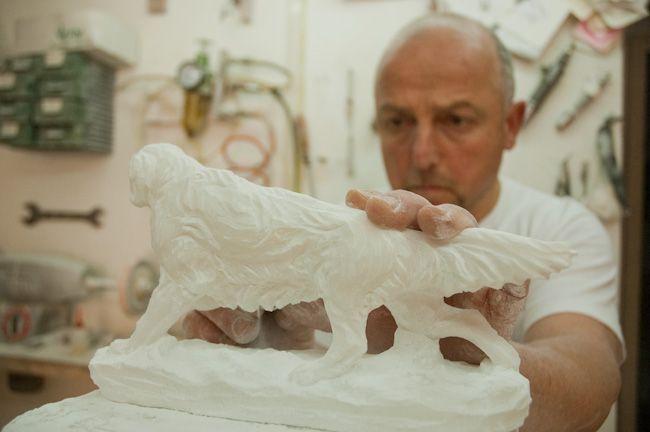 Alabastkunstner i Volterra. Gammel gammel etruskerby i Toscana