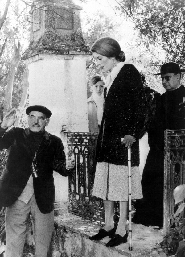 Catherine Deneuve and Luis Bunuel on set of Tristana