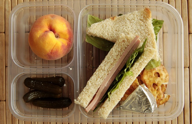 6 recipes for school lunches, plus how to take the stress out of packing lunchLunchis Luncherson, Pack Lunches, Packing Lunch, Packing School Lunches, Lunches Boxes, Pack Schools Lunches, Child Lunches