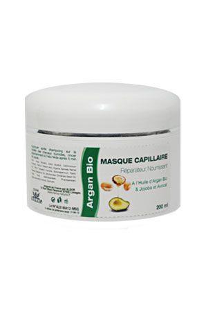 Maschera capillare riparatrice nutriente all'olio di  Argan Bio e a l'olio d'avocado  Una maschera capillare che cura i capelli secchi e rovinati, ridà splendore al colore e rende i capelli morbidi e lucidi.  Consigli d'uso: Da applicare sui capelli umidi. Lasciare in posa 10 minuti. Fare un leggero massaggio e sciacquare abbondantemente. In caso di meches rovinate, lasciare in posa per un'ora. I capelli ritroveranno in questo modo una bella vitalità.