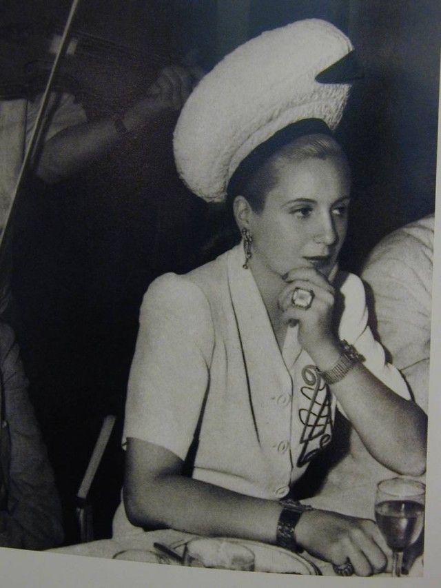 Eva Perón, clienta de Van Cleef - Blogs lanacion.com