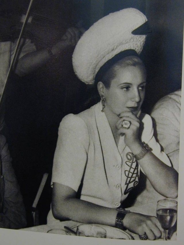 a biography of maria eva duarte de peron a first lady of argentina Maria eva duarte was born in los toldos, argentina on may 7, 1919, to juan duarte and juana ibarguren, an unmarried couple the youngest of five children, eva, as she came to be known, had three older sisters.