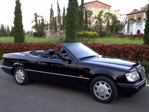 60 best mercedes cabrio w124 images on pinterest. Black Bedroom Furniture Sets. Home Design Ideas