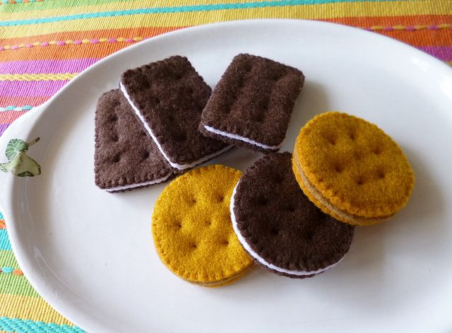 : Felt play food - Biscuits by adline✿makes, via Flickr