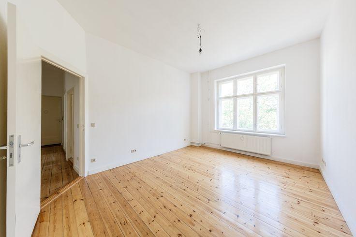 Altbauwohnungen im Szenebezirk Neukölln: Der klassische Altbau in der Bruno-Bauer-Straße bietet 6 Eigentumswohnungen mit 2 bis 4 Zimmern.