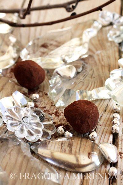 Tartufini di cioccolato al peperoncino