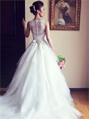 2014 White A Line Beads Tulle Wedding Dresses Bridal Gowns AHT0005