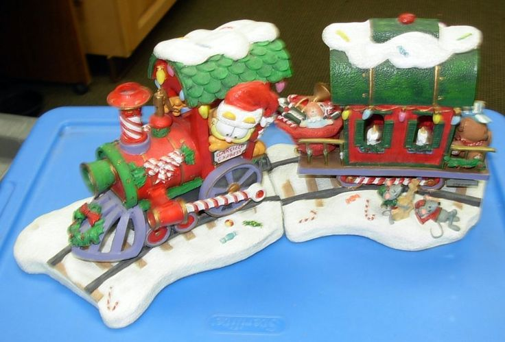 Danbury Mint Garfield Express Christmas Train with Pooky the Bear Very Rare
