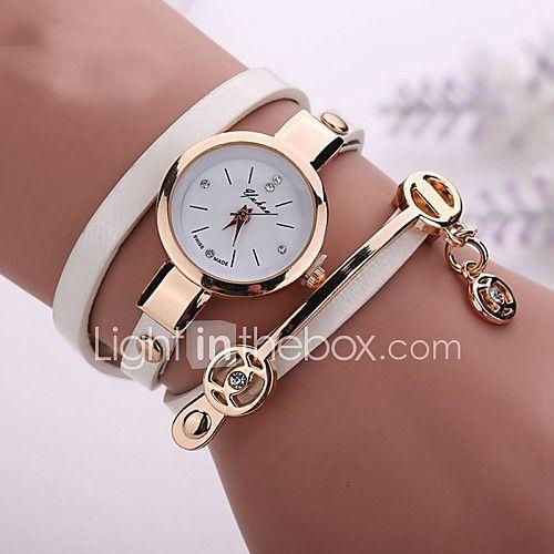 Mujer Reloj de Moda Reloj Casual Reloj Pulsera Cuarzo Reloj Casual La imitación de diamante PU Banda Bohemio Negro Blanco Azul RojoMarrón 2017 - $93.62
