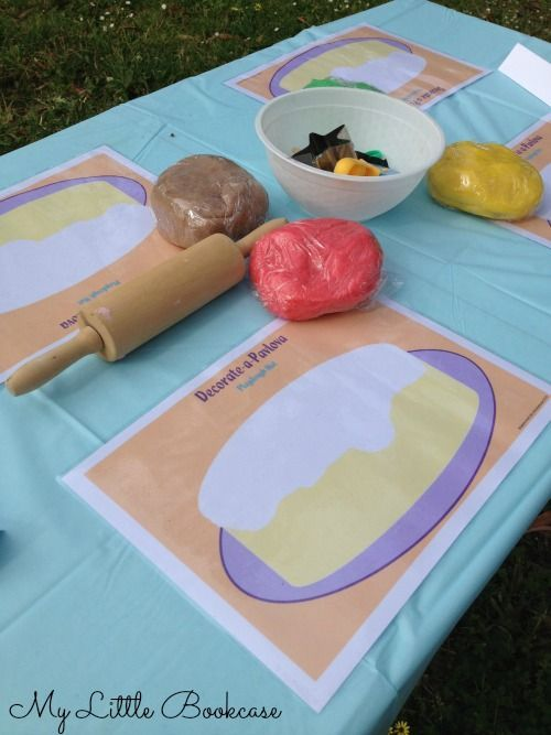 Decorate a Pavlova Playdough Mat. Free printable from My Little Bookcase