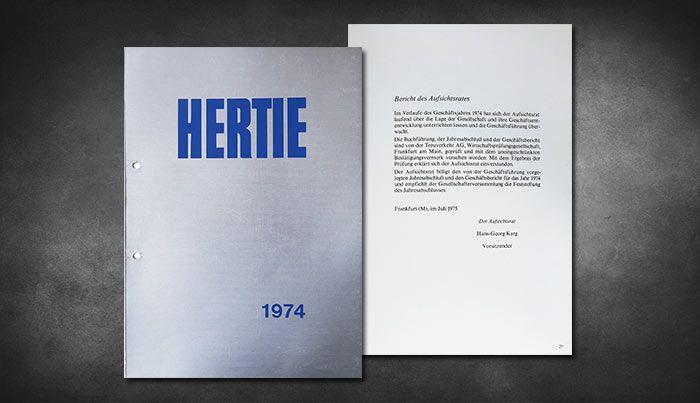 Geschäftsbericht 1974 - Hertie hat 76 Filialen in West-Deutschland. Im Geschäftsjahr '74 eröffnen die Filialen in Mülheim a.d.R. und Göttingen. Die Filialen in Bayreuth, Wuppertal-Elberfeld, München-Schwabing, Mainz, Berlin (Trumstraße), Nürnberg, Lörrach, Frankfurt a.M. (Zeil) werden erweitert, umgebaut oder neumöbeliert.   #Hertie #oldtimes #1974 #Schließung #Retro #Vintage #Vergangenheit #Reisen