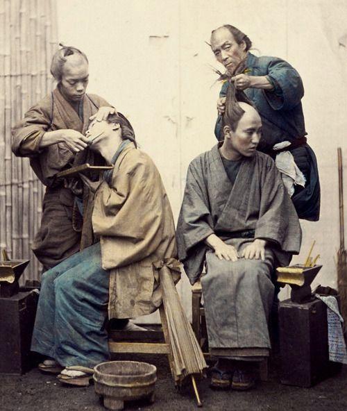 thekimonogallery:  Barbers. Hand-colored photo, 1870's, Japan....