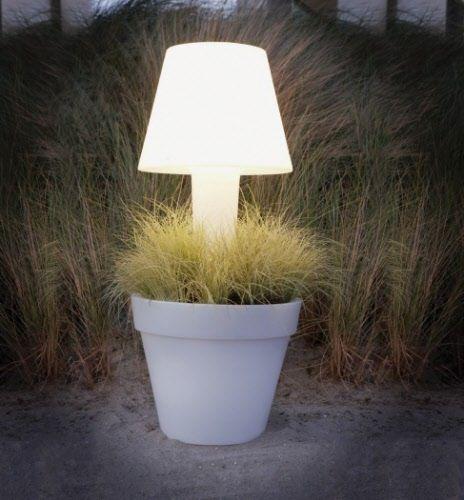 How To Throw A Garden Party   Terraform Light Flower Pots