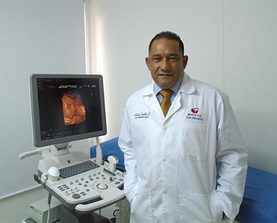 DR NICOLAS CASTILLO Médico Ginecólogo Obstetra.- SUB especialista en medicina materno fetal. Hospital Central de Caracas. http://maternalfetalhealth.medicosdoc.com/