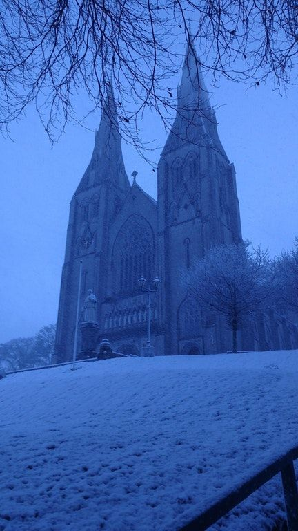 Found in /r/Ireland - Armagh Cathedral in the snow : megalophobia