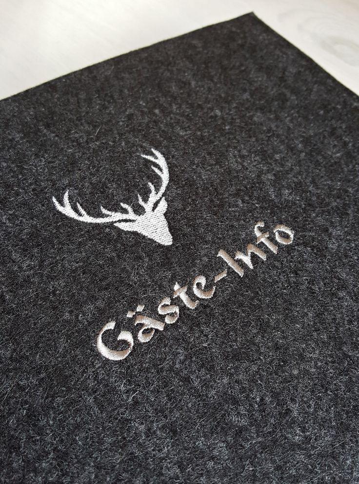 Gästemappe: Ringbuch mit Wollfilzhülle bestickt: Motiv Hirschgeweih. Gäste-Info für Ferienwohnung, Pensionen und Hotels. auch personalisierbar