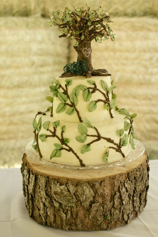 Must have wooden cake stand!  Rustic wedding cake. :)