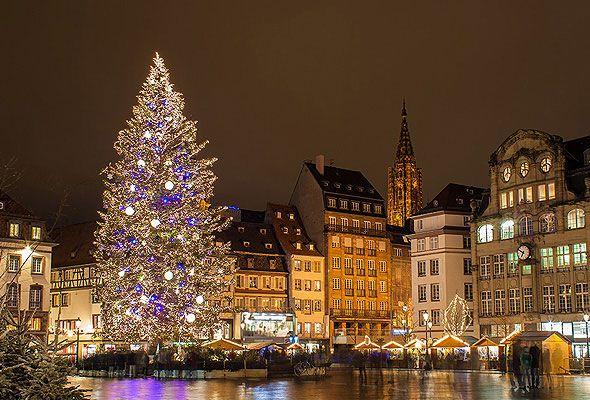 第1位 Alsace's illumination & Christmas markets(フランス)―クリスマスツリーの発祥地として知られるフランス・アルザス地方(7:00)dot.