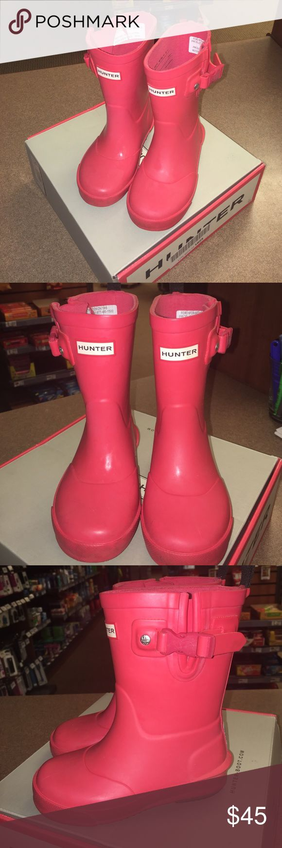 Pink Hunter Rain Boots KIDS Pink Hunter rain boots. Previously worn a few times. Fantastic condition. In original box. Kids size 8 Hunter Boots Shoes Winter & Rain Boots